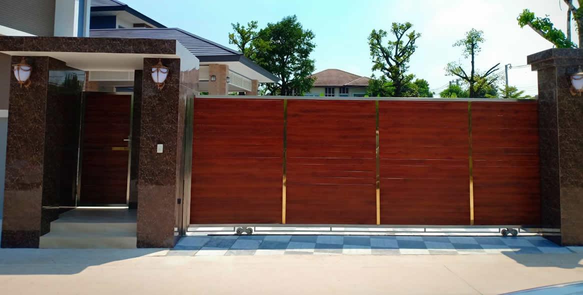 งานประตู ช่องรั้ว